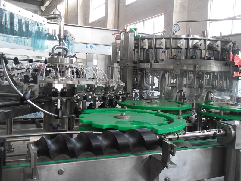 How carbonated beverage filling machine works