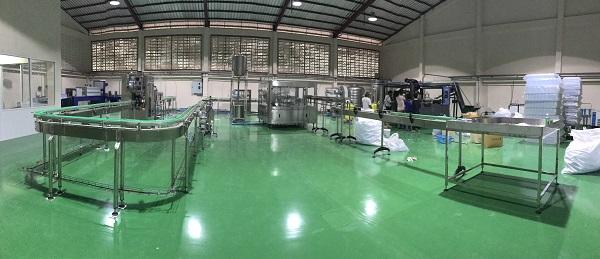 automatic turnkey bottled water plant.JPG